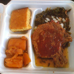 Soul Food plate at Lonnie's