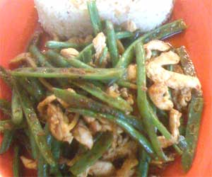 Ginger chicken with green beans