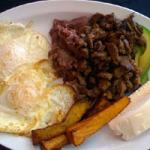 Ask a Mexican, ask a Norteamericano: Buenos Dias Café es muy sabroso