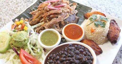Lechon al horno at Riviera Maya.