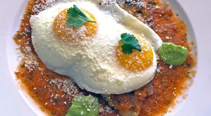 Con Huevos tienes buena comida