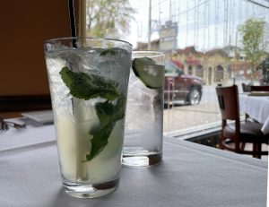 A mojito, the classic tall Cuban rum and mint cocktail, is my standard drink whenever I dine here.